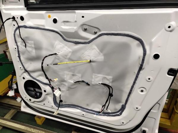 车门防水膜该如何粘贴才能物尽其用?