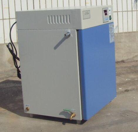 隔水式恒溫培養箱.恒溫培養箱