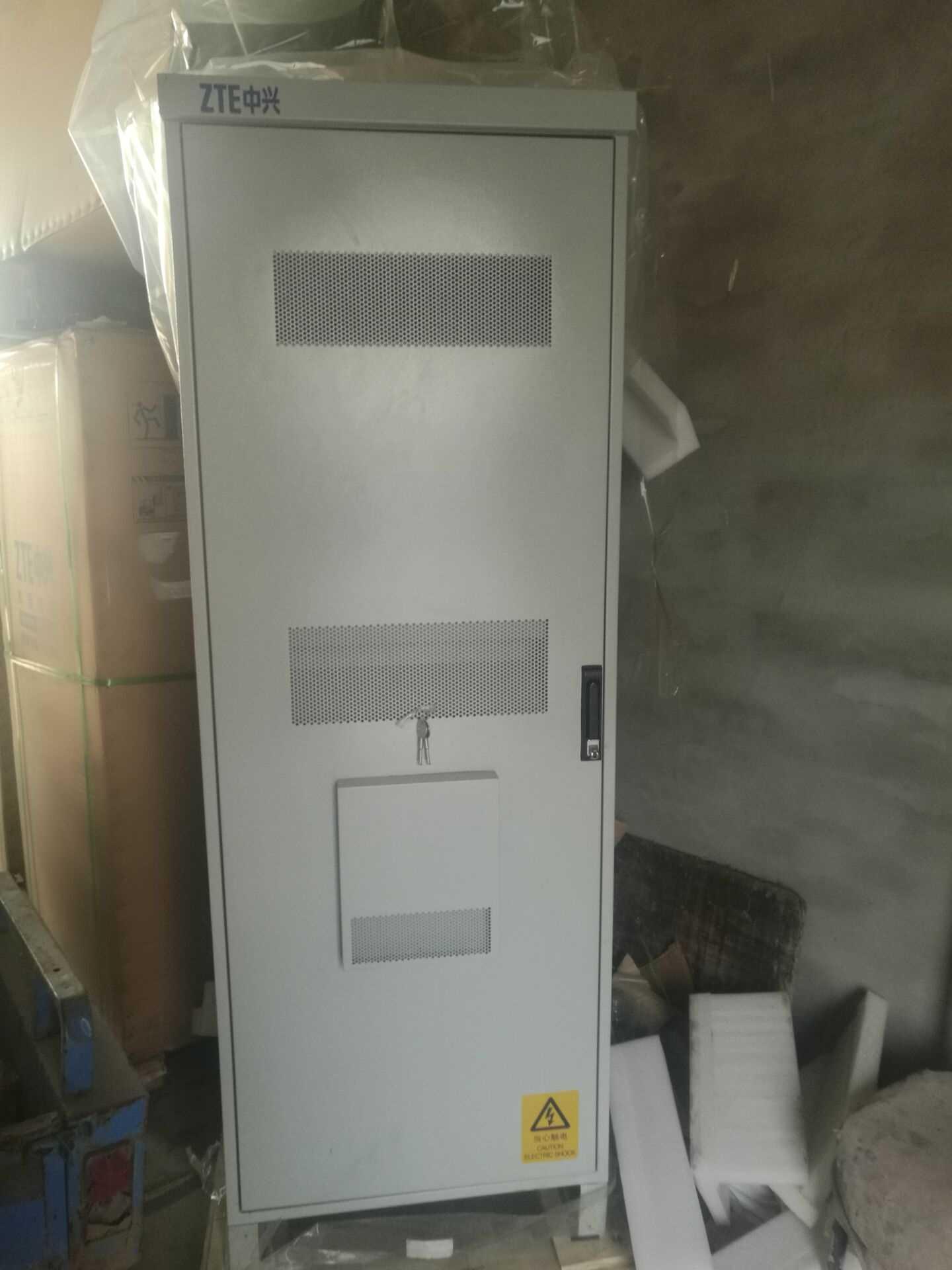 中兴ZXDU68 W201室外基站开关电源柜参数图