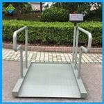 哈尔滨轮椅秤厂家,带接口的轮椅透析秤