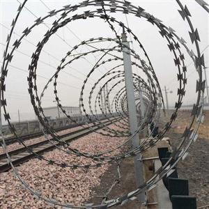铁路专用刺丝滚笼-铁路刺丝滚网-铁路防护刺丝滚笼